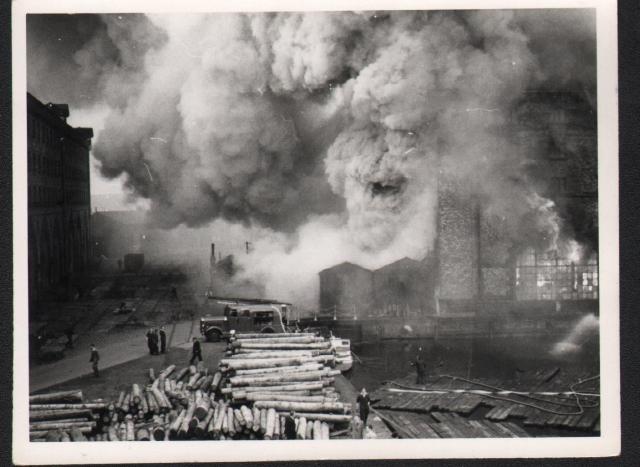 factory fire (640x467)