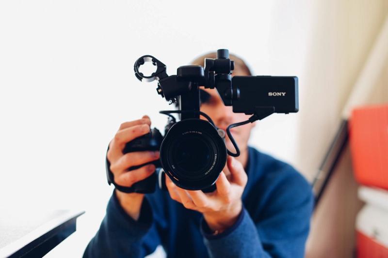 camera (800x533)